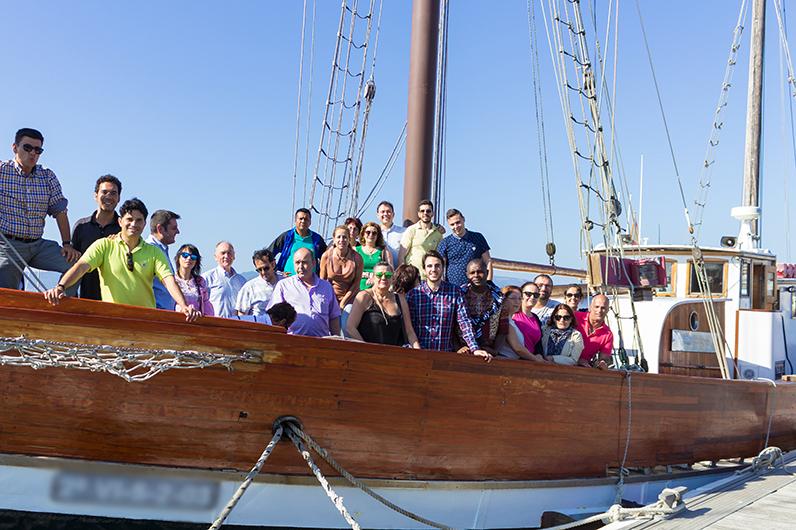 actividades team building paseo en barco en la Ría de Vigo, Galicia